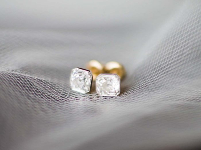 diamond earrings | Copper Mountain Wedding Colorado Danielle DeFiore Photography | Via Mountainsidebride.com
