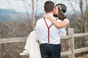First Look | Smoky Mountain Elopement Madeline Harper Photo | Via MountainsideBride