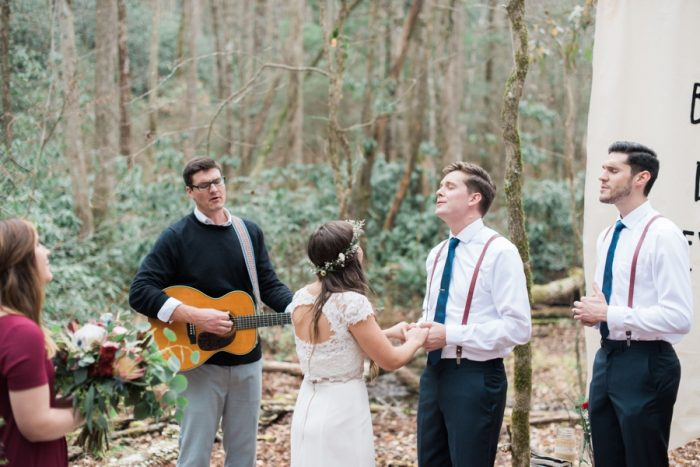 Woodland Mountain Ceremony | Smoky Mountain Elopement Madeline Harper Photo | Via MountainsideBride