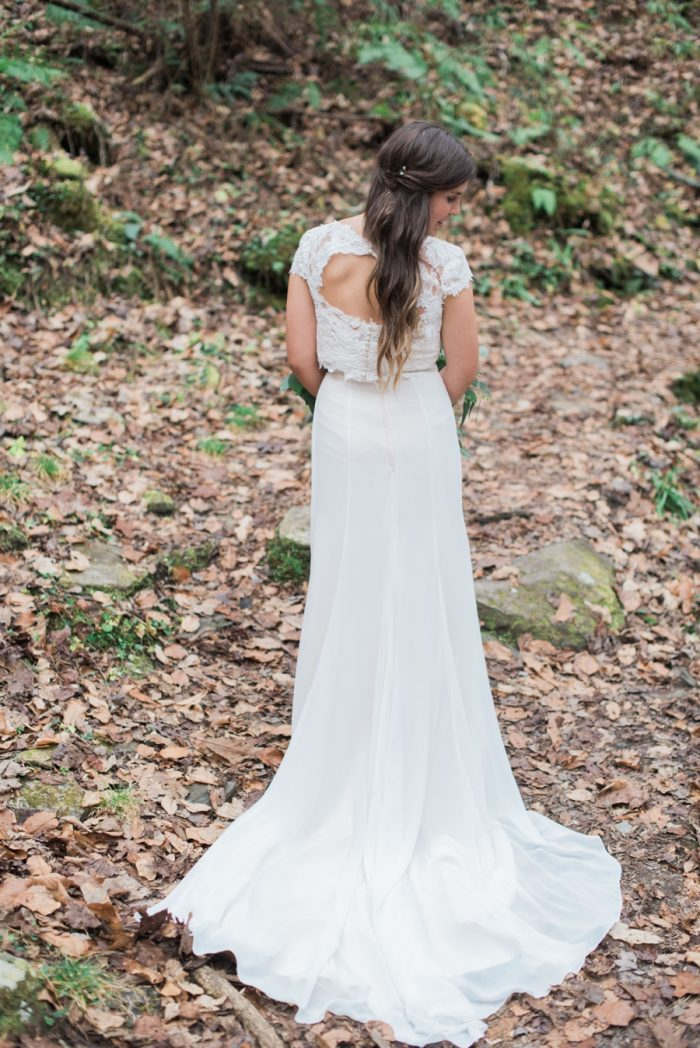 Bride | Smoky Mountain Elopement Madeline Harper Photo | Via MountainsideBride