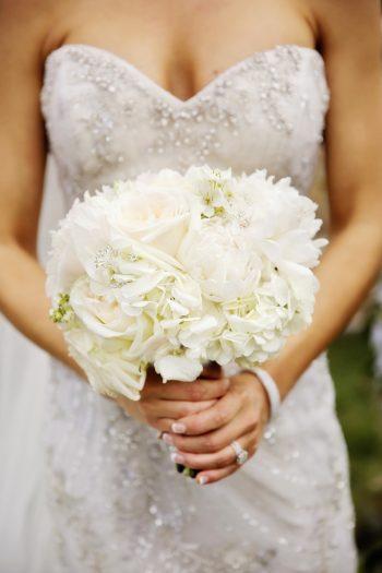 White Bridal Bouquet | Elegant Park City Wedding St Regis Logan Walker Photography | Via MountainsideBride.com