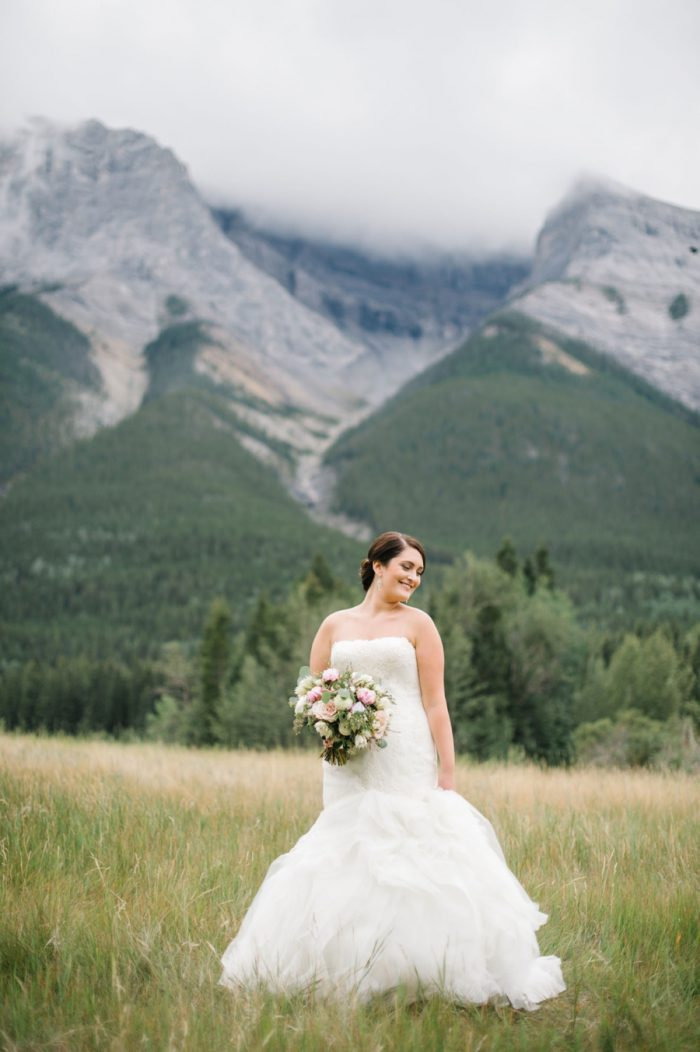 Bride Canmore Mountain Wedding At Silvertip Resort Corrina Walker Photography | Via MountainsideBride.com