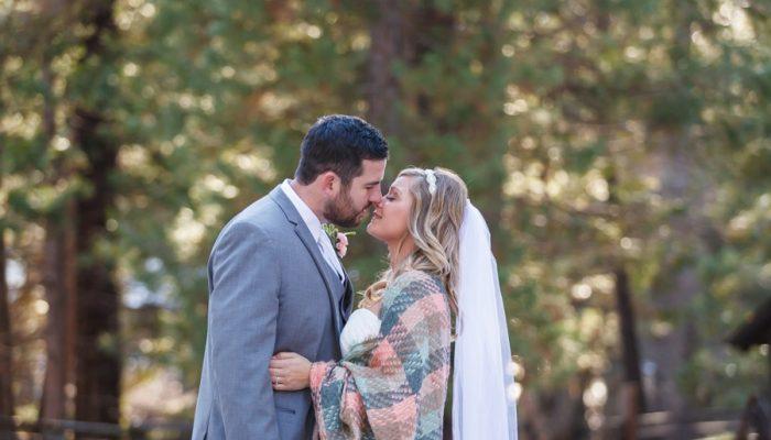 Casual Winter Wedding in Yosemite National Park