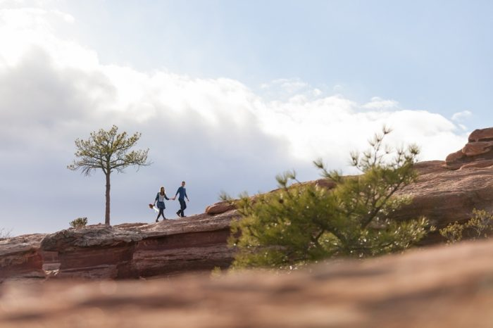 14 Garden Of The Gods Colorado Picnic Bergreen Photography | Via MountainsideBride.com