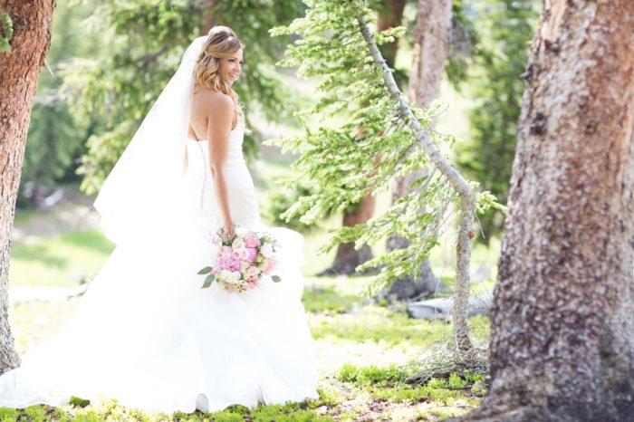 15 Bride Portrait | Keystone Colorado Wedding Mathew Irving Photography | Via MountainsideBride.com