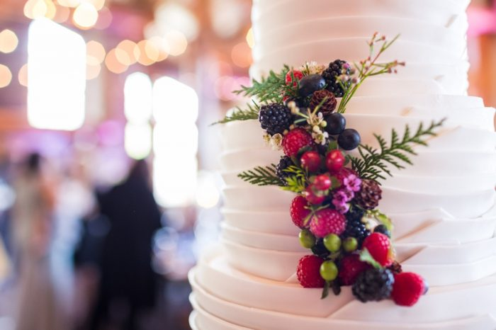 26 Wedding Cake Detail | Keystone Colorado Wedding Mathew Irving Photography | Via MountainsideBride.com