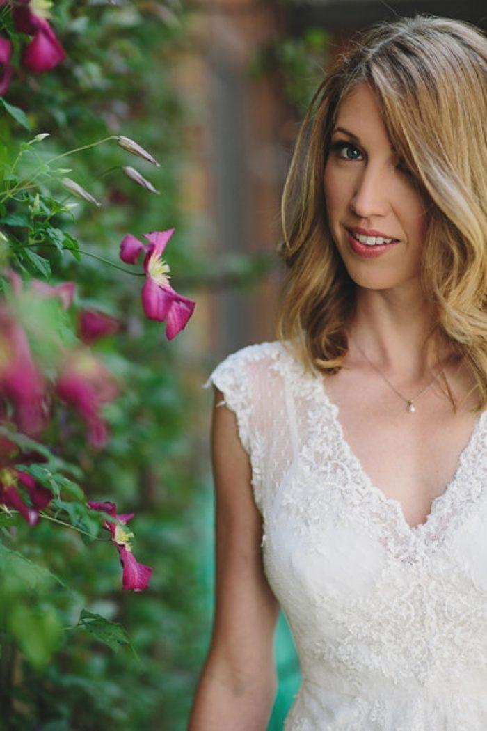 Mountain Bride | Maroon Bells Colorado Elopement | EC Campbell Photography | Via Mountainsidebride.com