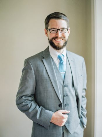 Groom In Grey Suit With Blue Tie | Mountain Wedding In Barboursville Virginia By JoPhoto | Via MountainsideBride.com