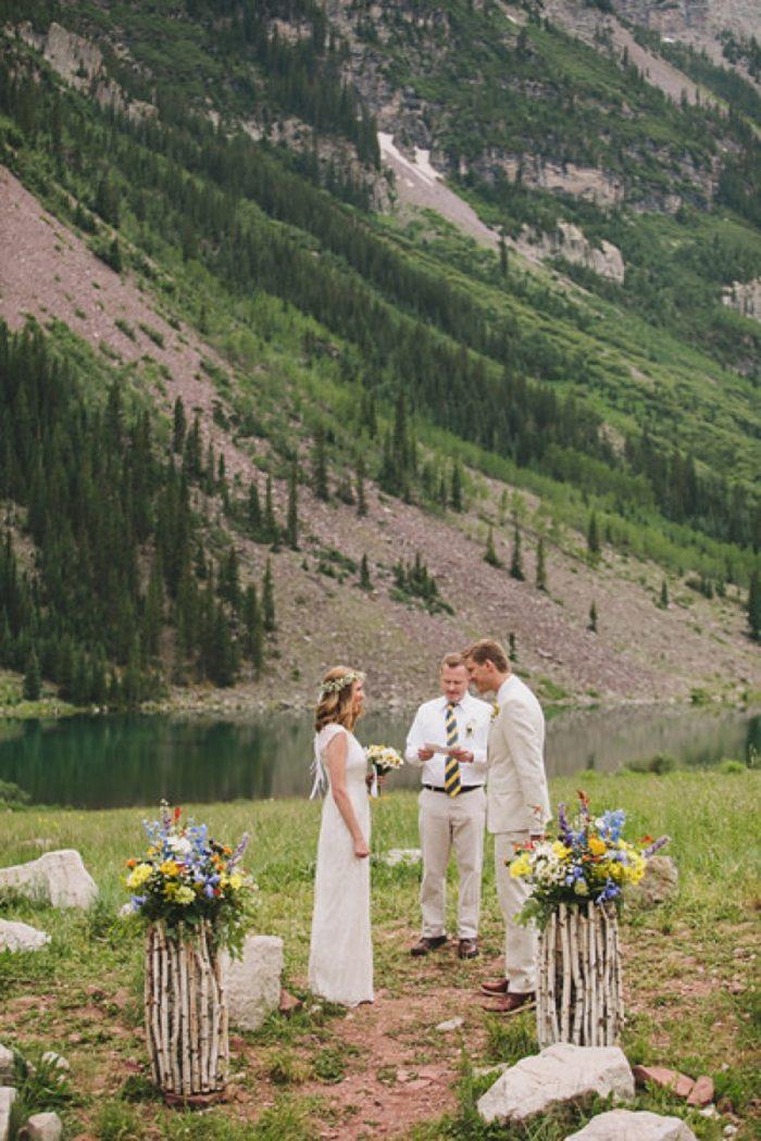 Mountain Wedding Ceremony   Maroon Bells Colorado Elopement   EC Campbell Photography   Via Mountainsidebride.com
