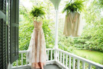 1 Catskill Wedding DIY Woodland Speakeasy | Kerri Lynne Photography | Via MountainsideBride