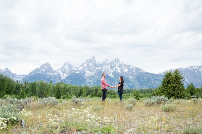 10 Grand Teton National Park Wyoming Engagement | Heather Erson Photography | Via MountainsideBride.com