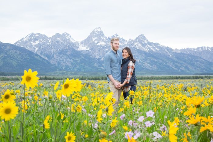14 Grand Teton National Park Wyoming Engagement | Heather Erson Photography | Via MountainsideBride.com