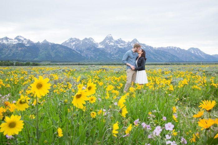 15 Grand Teton National Park Wyoming Engagement | Heather Erson Photography | Via MountainsideBride.com
