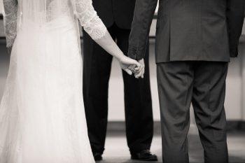 Vail Colorado Wedding Amy Caroline Photography | Via MountainsideBride.com