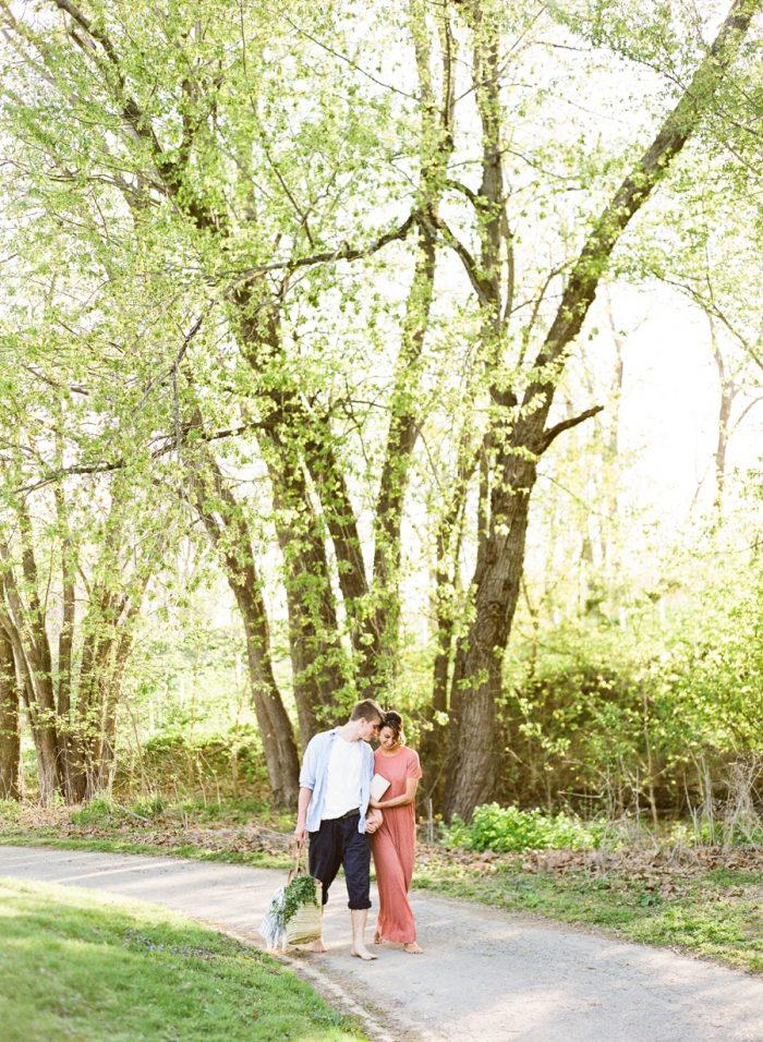 Retreat At Cool Spring In Bluemont Virginia | Amanda Adams Photography | Via MountainsideBride.com
