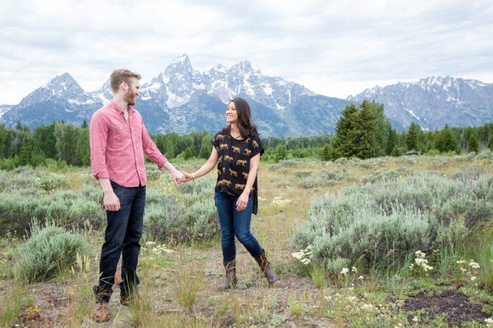9 Grand Teton National Park Wyoming Engagement | Heather Erson Photography | Via MountainsideBride.com