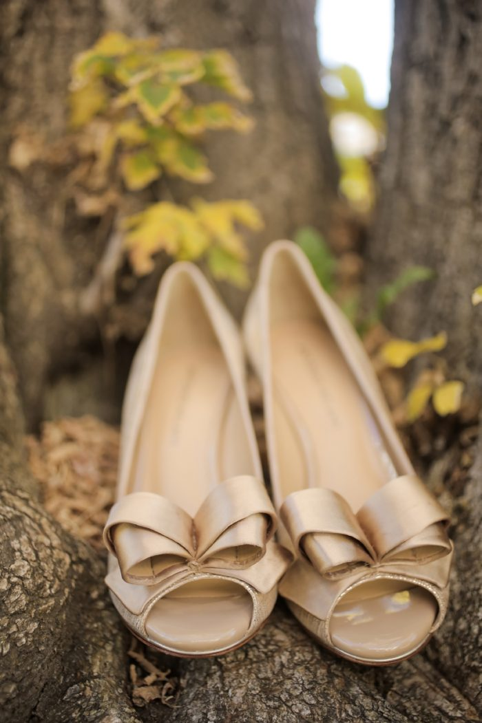 Neutral Wedding Shoes Park City Wedding | Pepper Nix Photography | Via MountainsideBride.com