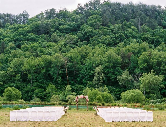 Ceremony Site | Pure Water Farm Wedding Tennessee | JoPhoto | Via MountainsideBride.com