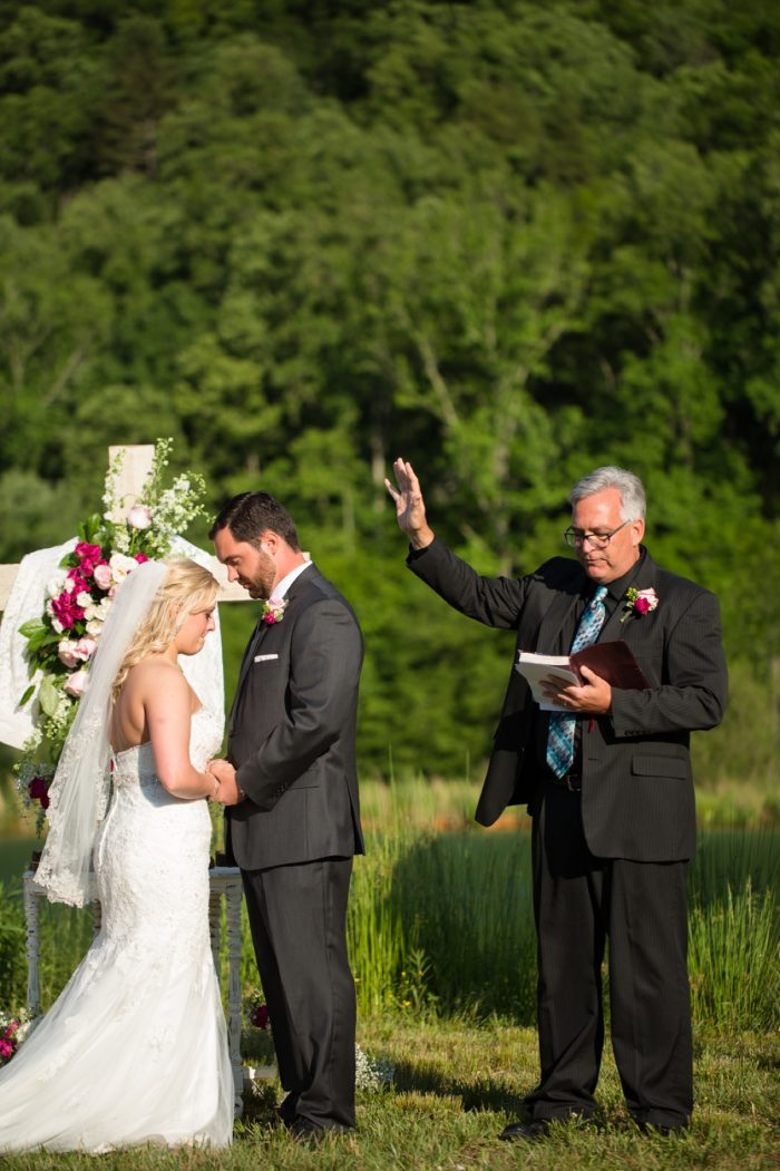 Ceremony | Pure Water Farm Wedding Tennessee | JoPhoto | Via MountainsideBride.com