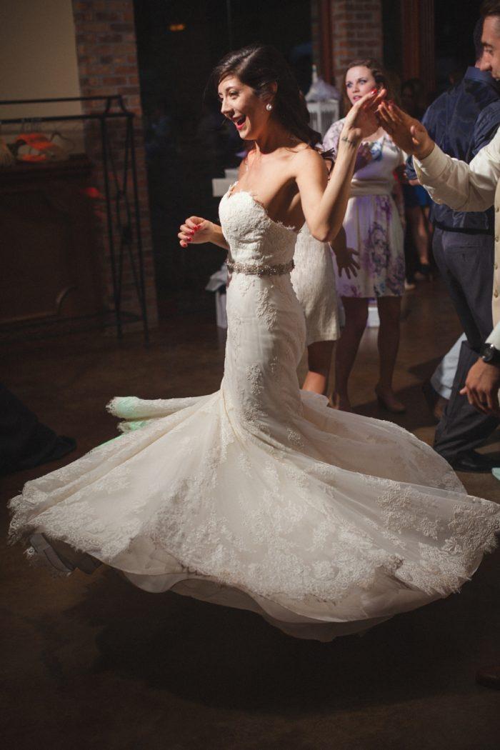 Knoxville Wedding Hunter Valley Farm | JoPhoto | Via MountainsideBride.com