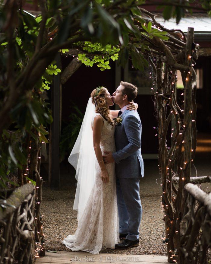 Last Kiss NC Wedding | Parker J Pfister |via Mountainside Bride