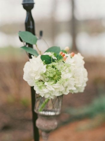 rustic white wedding ceremony flowers | Knoxville Wedding Hunter Valley Farm | JoPhoto | Via MountainsideBride.com