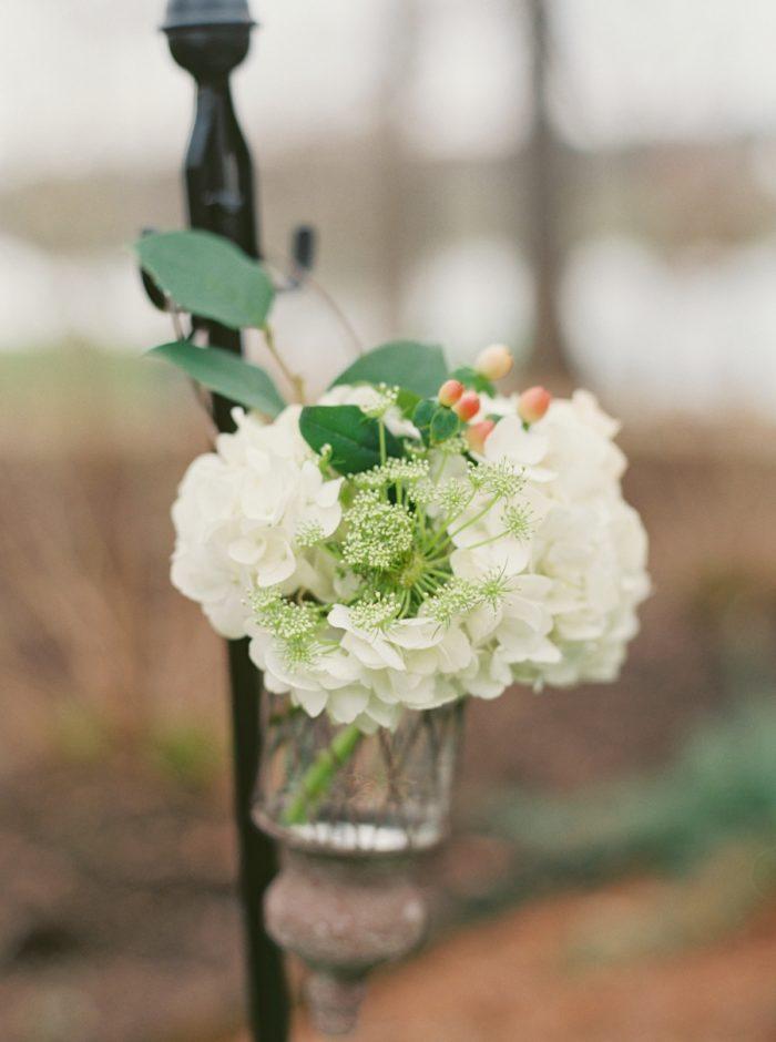 rustic white wedding ceremony flowers | Knoxville Wedding Hunter Valley Farm | JoPhoto | Via MountainsideBride.com