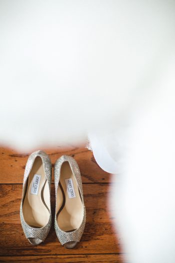 wedding shoes | Knoxville Wedding Hunter Valley Farm | JoPhoto | Via MountainsideBride.com
