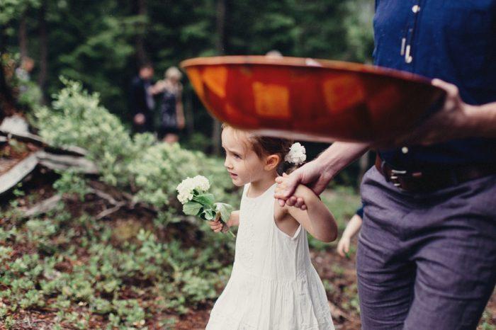 10 Familyprocessional 6 Lake Kachess Wedding Tyler Ray Photography Via Mountainsidebride Com