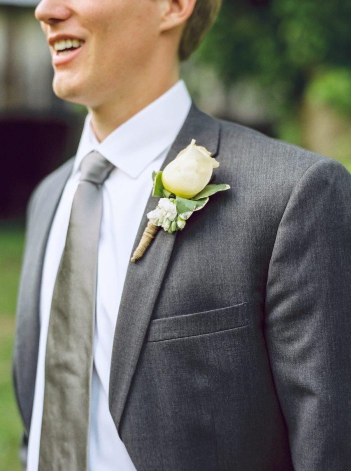 11 Groom Daras Garden Tennessee Wedding Jophoto Via Mountainsidebride Com