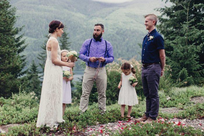12 Ceremony 1 Lake Kachess Wedding Tyler Ray Photography Via Mountainsidebride Com