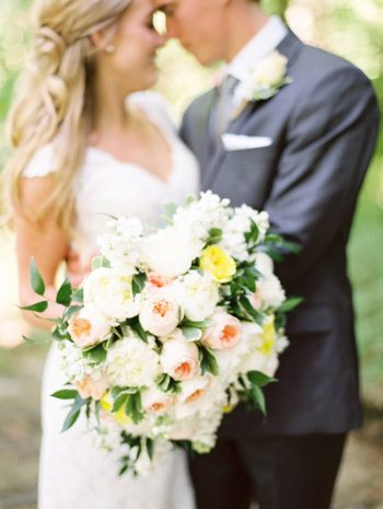 14 Bouquet Daras Garden Tennessee Wedding Jophoto Via Mountainsidebride Com