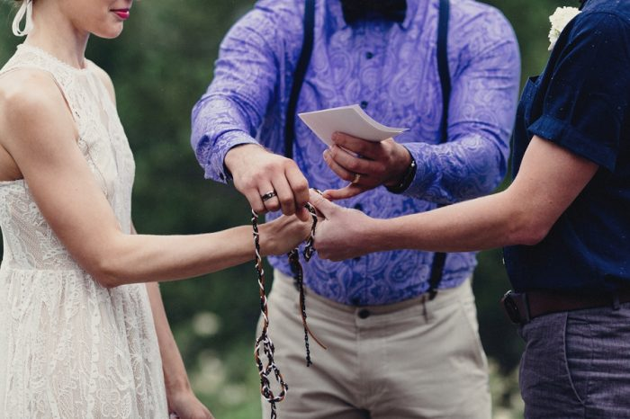 16 Ceremony 7 Lake Kachess Wedding Tyler Ray Photography Via Mountainsidebride Com