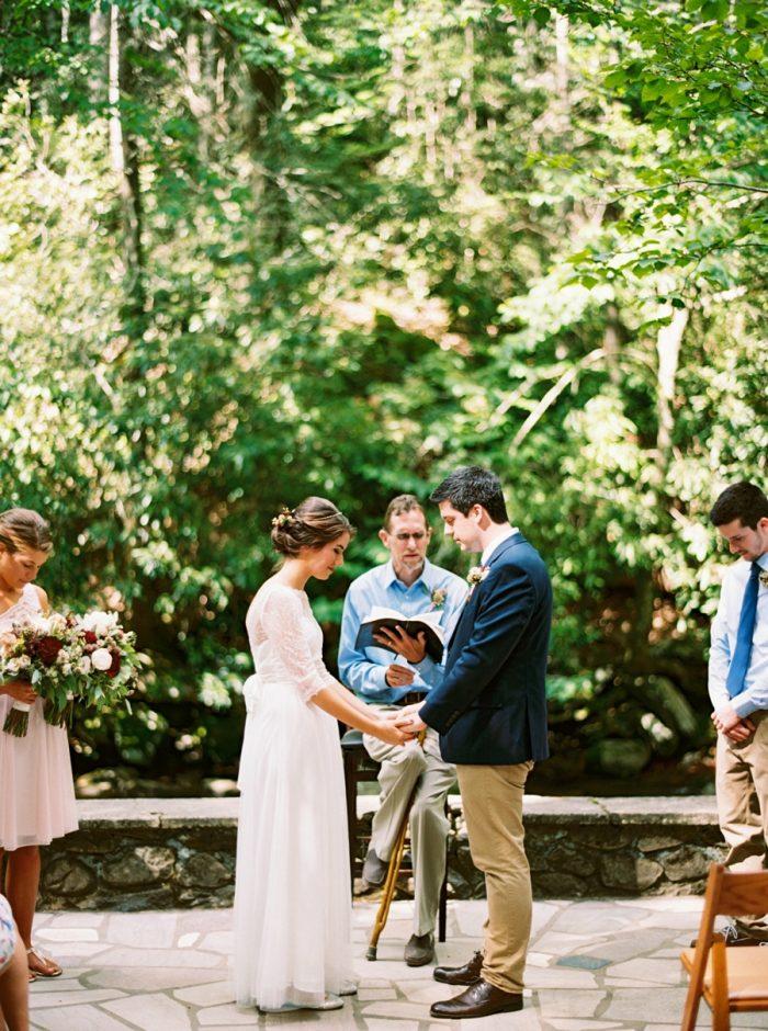 17 Spence Cabin Intimate Wedding   JoPhoto   Via MountainsideBride.com