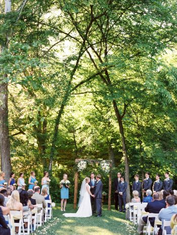 18 Ceremony Daras Garden Tennessee Wedding Jophoto Via Mountainsidebride Com