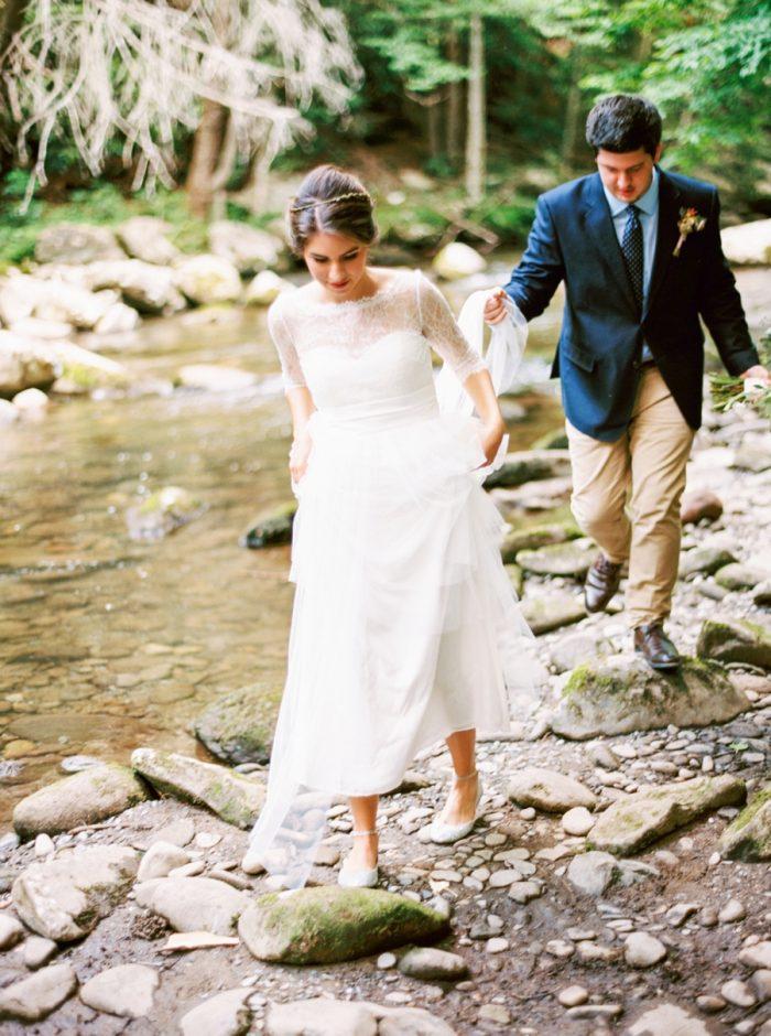 20 Spence Cabin Intimate Wedding   JoPhoto   Via MountainsideBride.com
