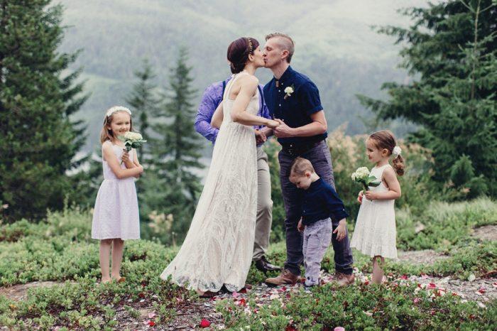 20 Ceremony 19 Lake Kachess Wedding Tyler Ray Photography Via Mountainsidebride Com