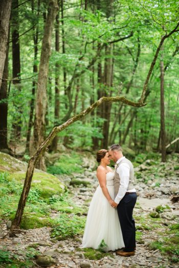 22 Spence Cabin Rennessee Wedding Johoho Via Mountainsidebride Com