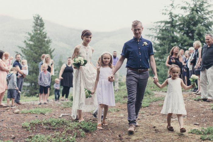 24 Ceremony 26 Lake Kachess Wedding Tyler Ray Photography Via Mountainsidebride Com