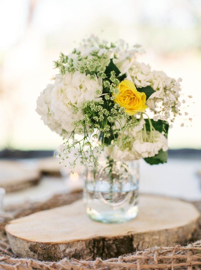 27 Mason Jar Centerpiece Daras Garden Tennessee Wedding Jophoto Via Mountainsidebride Com
