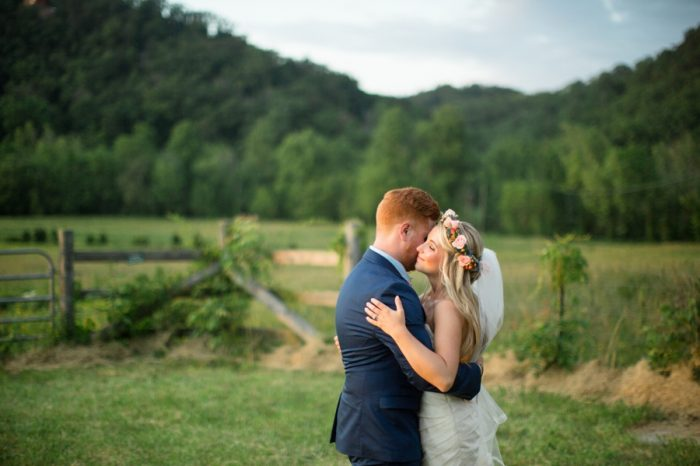 29 Chestnut Springs Tennessee Wedding Jophoto Via Mountainsidebride Com