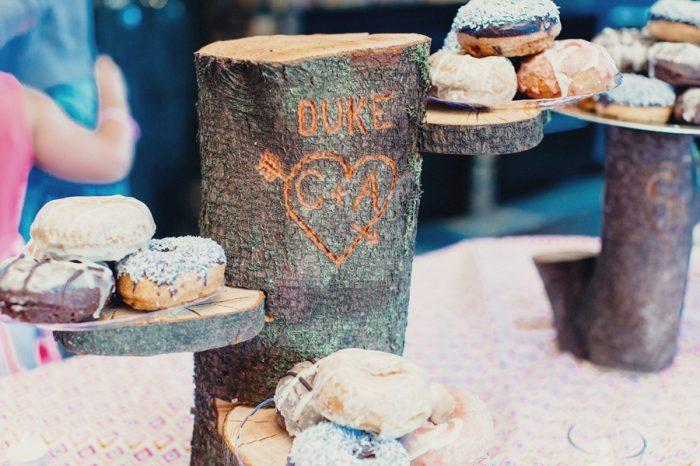 29 Mighty Donuts Lake Kachesswedding Tyler Ray Photography Via Mountainsidebride Com