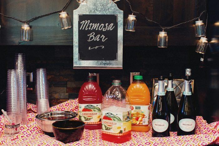 31 Mimosa Bar Lake Kachesswedding Tyler Ray Photography Via Mountainsidebride Com