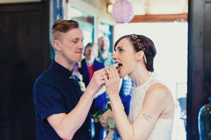 33 Doughnut 2 Lake Kachess Wedding Tyler Ray Photography Via Mountainsidebride Com