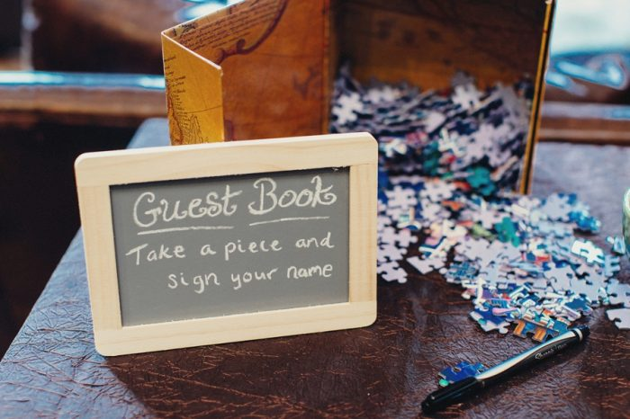 34 Guest Book Lake Kachess Wedding Tyler Ray Photography Via Mountainsidebride Com