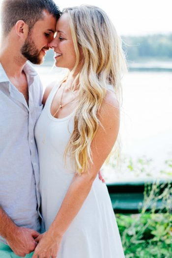 Catskill Engagement On Cooper Lake | Samantha Lauren Photographie. | Via Mountainside Bride