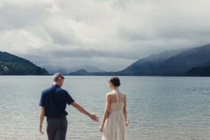 4 Bride And Groom Portrait Lake Kachess Wedding Tyler Ray Photography Via Mountainsidebride Com