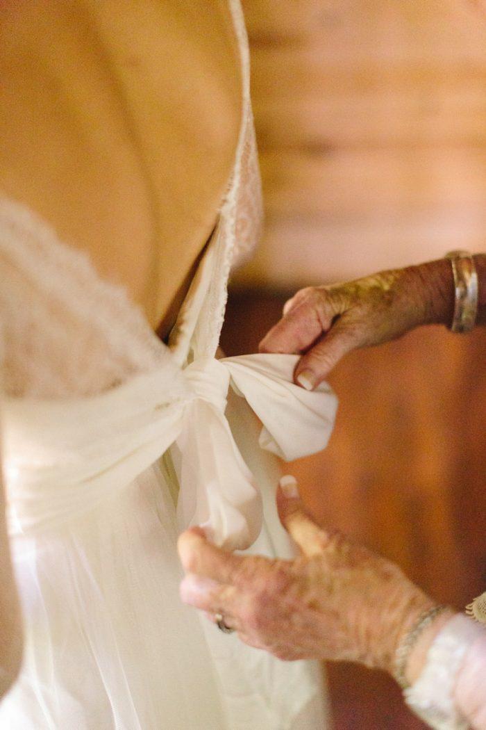 5 Spence Cabin Intimate Wedding   JoPhoto   Via MountainsideBride.com