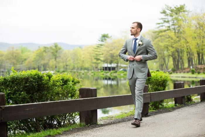 10 Catskills Wedding NY Kerri Lynne Photography Via MountainsideBride.com