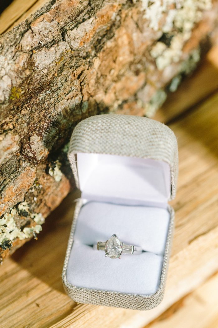 2 Diamond Ring Swag Inn Smoky Mountain Elopement Jophotos Via Mountainsidebride Com